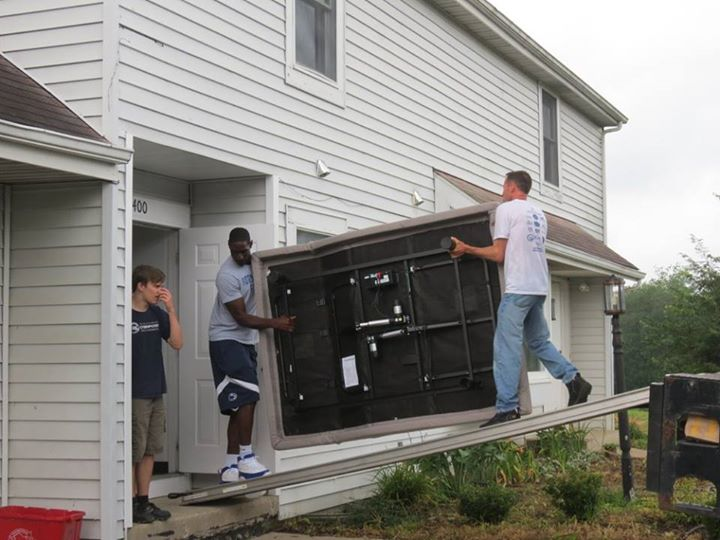 Today was a big day for ACRES! With the help of volunteers, we moved a truck full of donated furniture, housewares, and other items into the renovated
